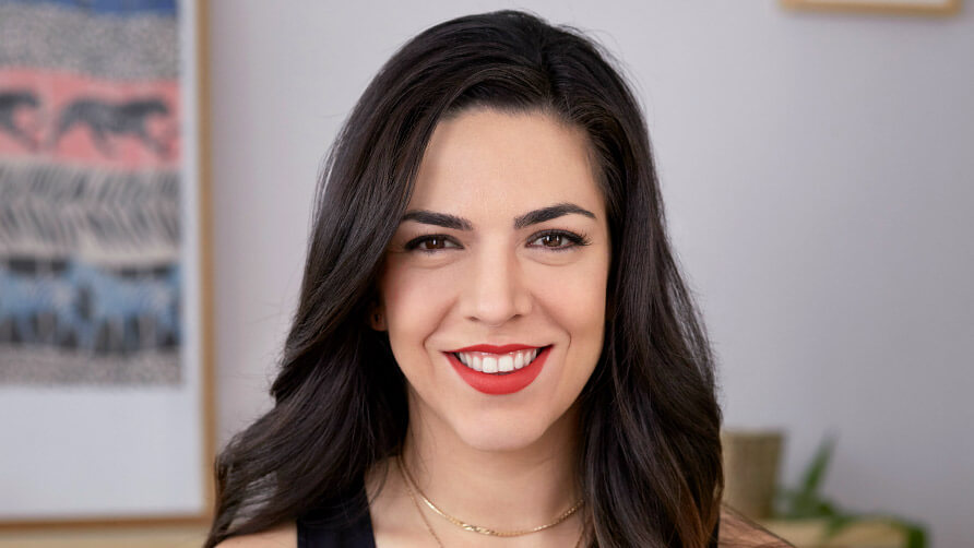 Tutorial de maquillaje completo en menos de 5 minutos con Andrea Flores
