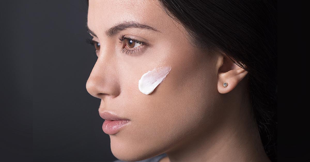 Líneas de Tratamiento Facial: Eficacia que se siente en tu piel
